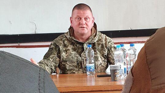 """""""Запреты на ответный огонь отменены"""". Как главком ВСУ официально вывел Украину из перемирия по Донбассу"""